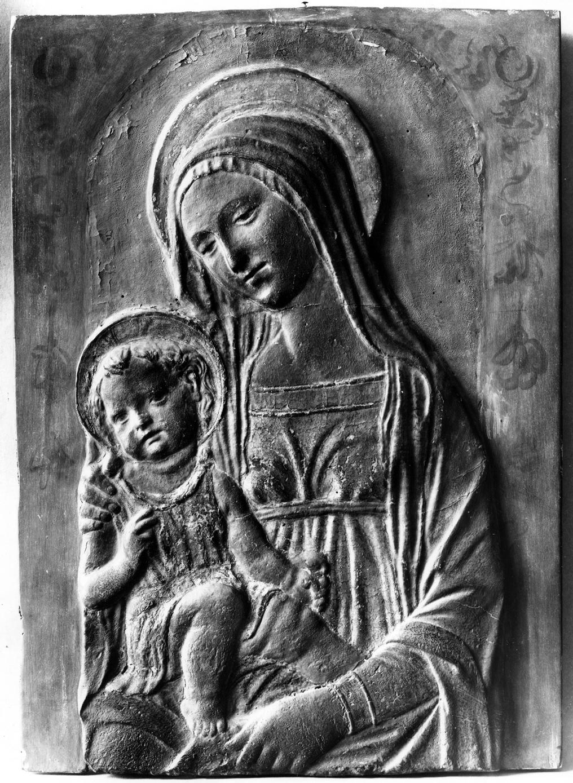 Madonna mit segnendem Kind